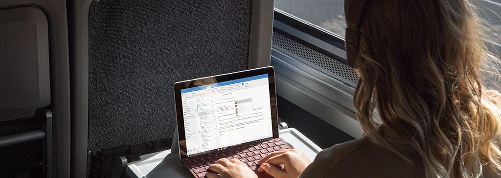 gadżety na podróż pociągiem
