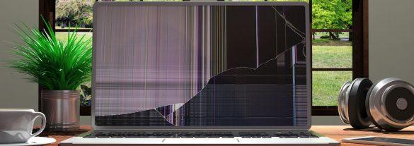 pęknięty ekran w laptopie