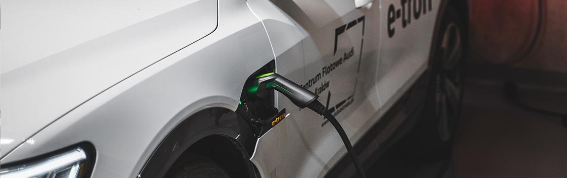 Typy baterii do samochodów elektrycznych – trendy i innowacje na rynku