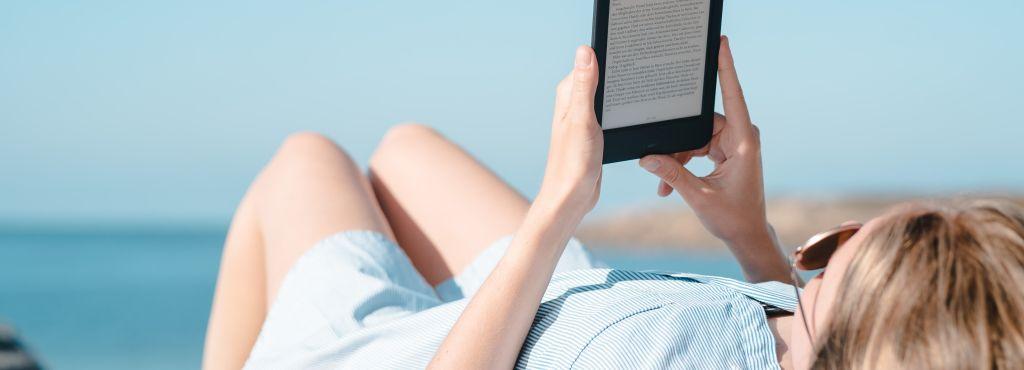 e book sprzęt na plaży