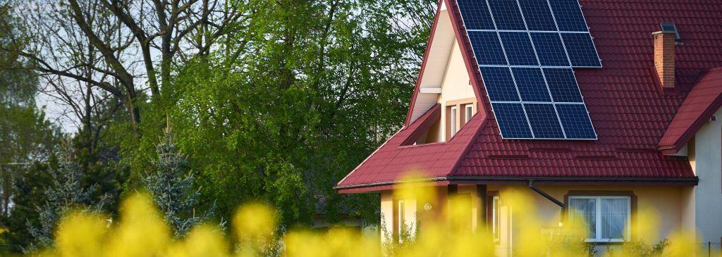 Czym jest kontroler solarny i dlaczego warto w niego zainwestować?