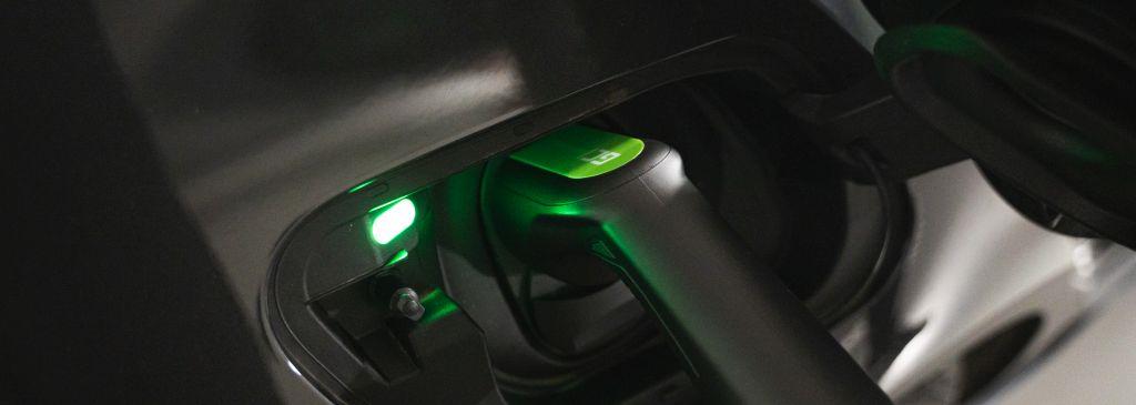 Jak wygląda schemat ładowania samochodu elektrycznego?