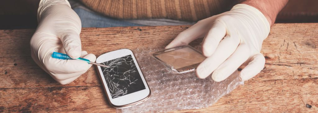 Jak naprawić wyświetlacz LCD w telefonie?
