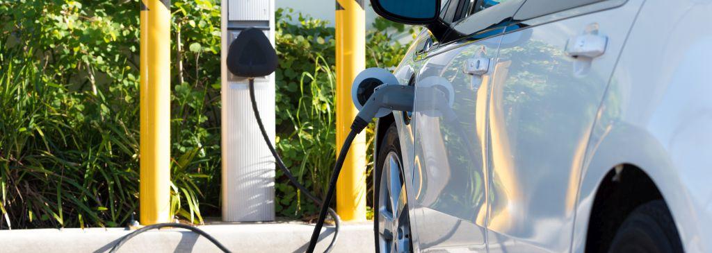 Czy auto elektryczne się opłaca?