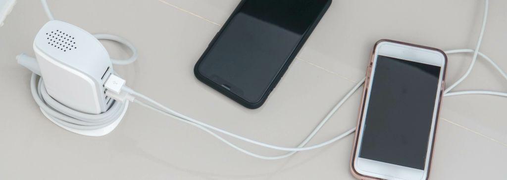 ładowane telefony komórkowe